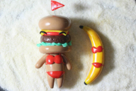 artist:mira banana game:tomodachi_life hamburger sculpture streamer:vinny // 1080x720 // 74.4KB