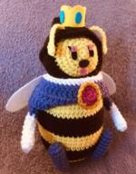 artist:misnova crochet game:super_mario_galaxy queen_bee streamer:vinny // 522x670 // 869.8KB