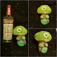 artist:fightclub420 plushie streamer:revscarecrow vineshroom // 2048x2048 // 650.3KB